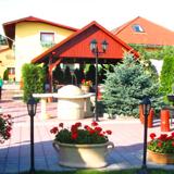 Halász Restaurant and Pansion
