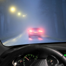 How to drive safely in fog?