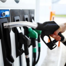 10 fuel saving tips for drivers